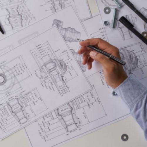 Desenhista projetista de máquinas